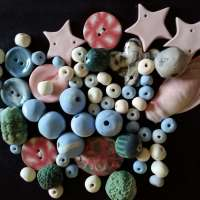 BSS22: Buttons, Beads Crafty Bits using Coloured Porcelain